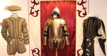 Exposición 'La moda de Cervantes. Trajes y personajes del Quijote' en el Archivo Municipal
