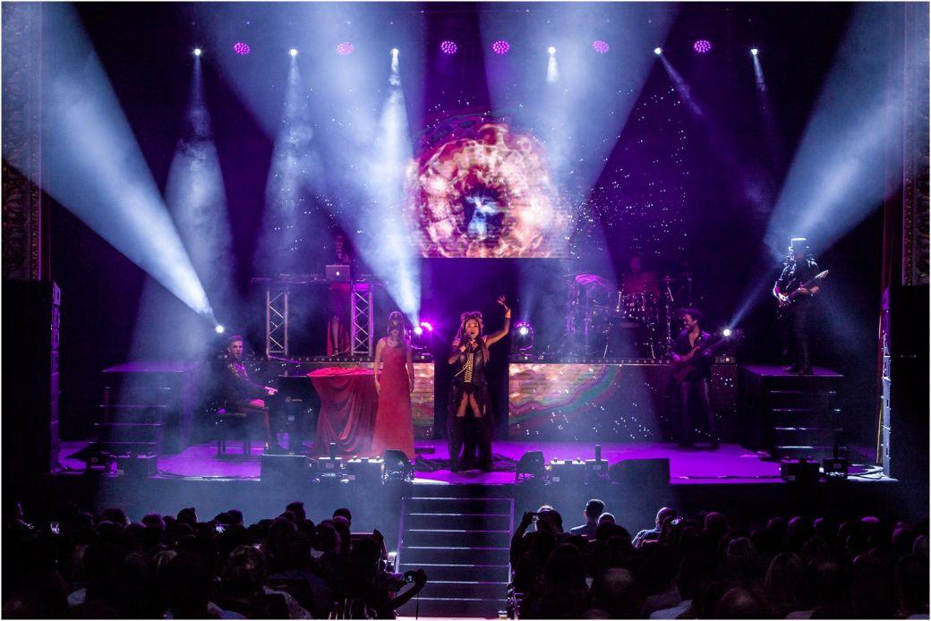 MHNL 2018. Escenario. Cantante y soprano